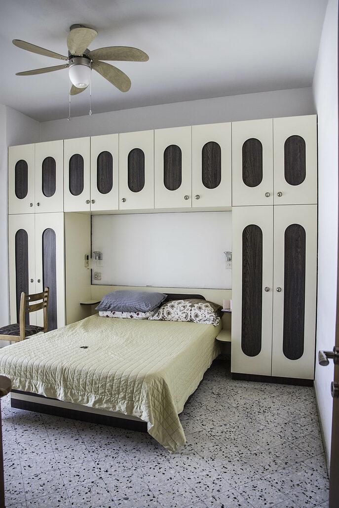 חדר שינה הורים. לפני שיפוץ