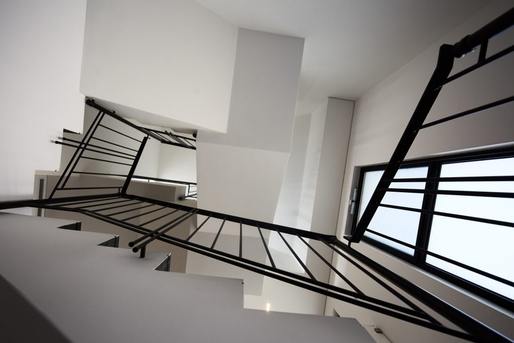 מדרגות / ענבל חן